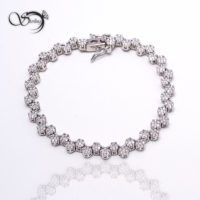 دستبند نقره زنانه فلاور کد:۱۳۶۷