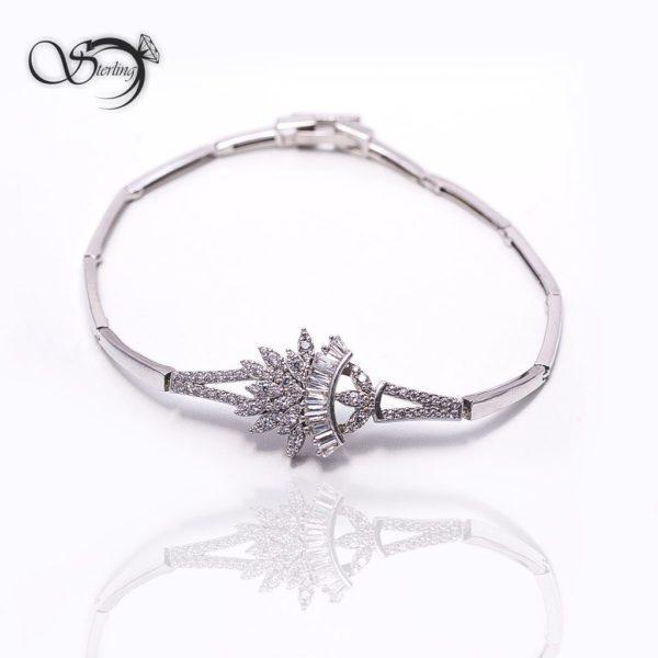 دستبند نقره زنانه لوکس کد:۱۳۶۹