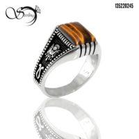 انگشتر نقره مردانه با نگین چشم ببر کد:۲۵۹۵