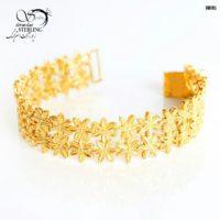 دستبند طرح طلا تراش دار کد:۲۸۸۸