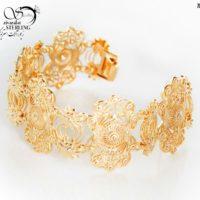 دستبند زنانه طرح طلا طرح هندی کد:۲۸۸۹